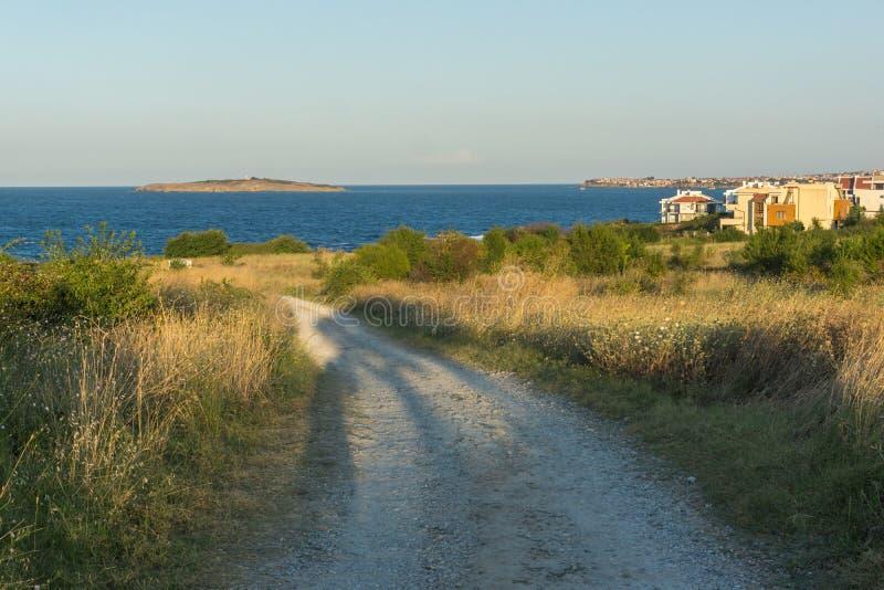 Paisagem do por do sol do litoral de Chernomorets, região de Burgas, Bulgária fotos de stock royalty free