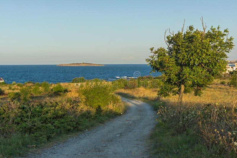 Paisagem do por do sol do litoral de Chernomorets, região de Burgas, Bulgária imagens de stock