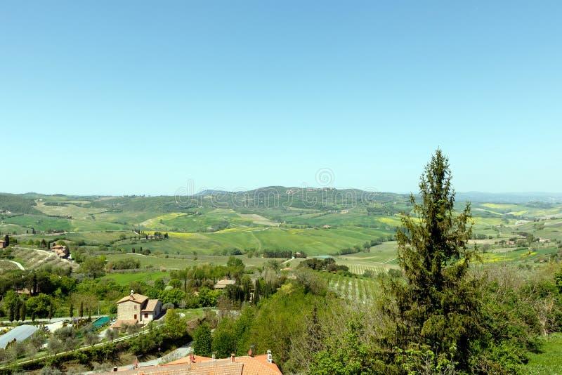 Paisagem em Toscânia como visto do Sienna, Itália fotos de stock royalty free