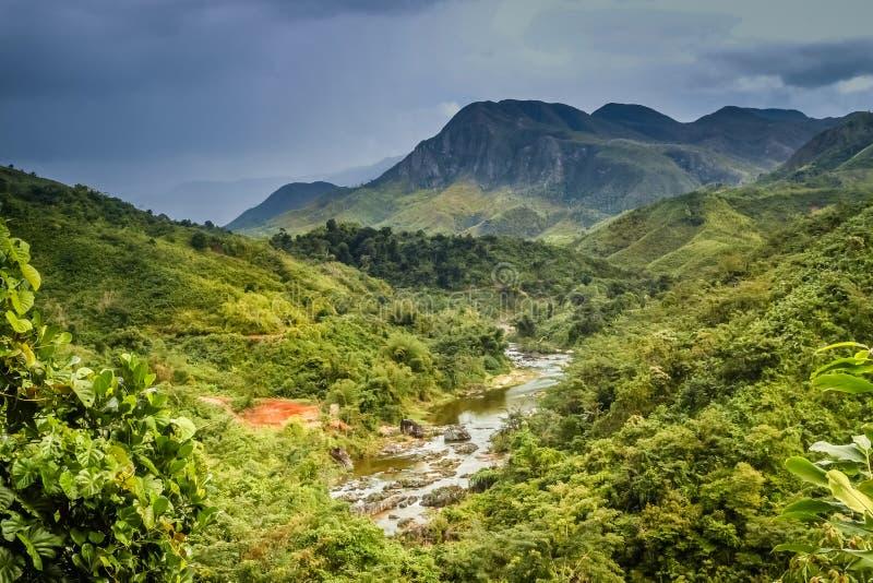 Paisagem impressionante da montanha em Madagáscar imagem de stock royalty free