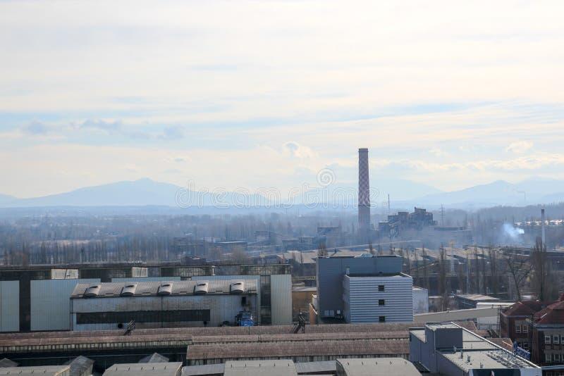 Paisagem industrial com fábricas e armazéns imagem de stock