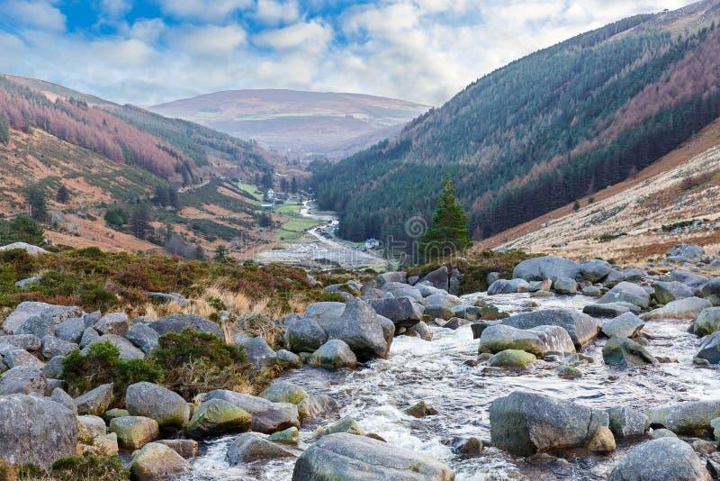 Paisagem irlandesa bonita em montanhas de Wicklow foto de stock
