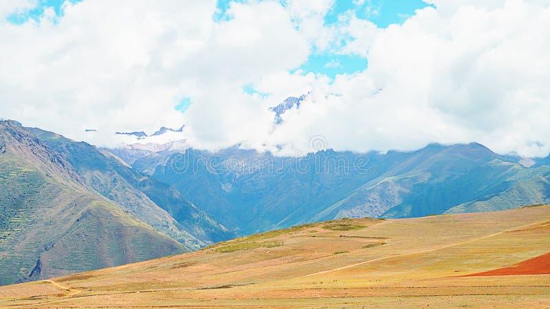Paisagem longe de Cusco, Peru fotografia de stock