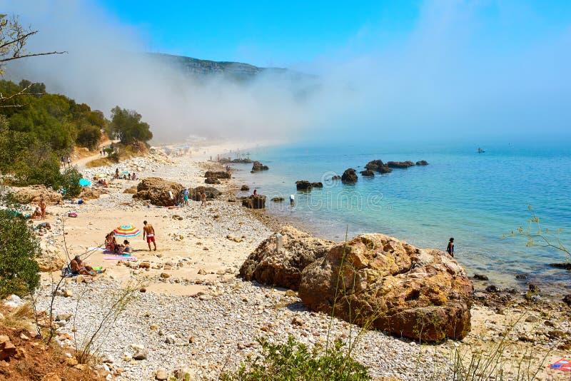 Paisagem nevoenta em mover a Dinamarca Arrabida, Portugal fotos de stock royalty free