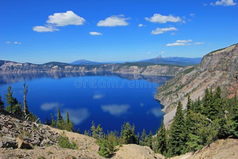 Paisagem no parque nacional do lago crater, EUA imagem de stock