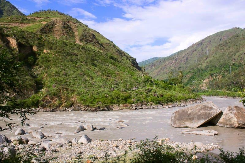 Paisagem no rio de Sutlej fotos de stock