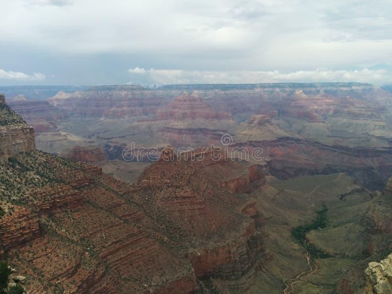 Paisagem nublado nebulosa de Grand Canyon foto de stock