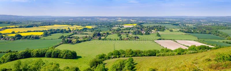 Paisagem panorâmico rural Inglaterra do sul Reino Unido do verão imagens de stock