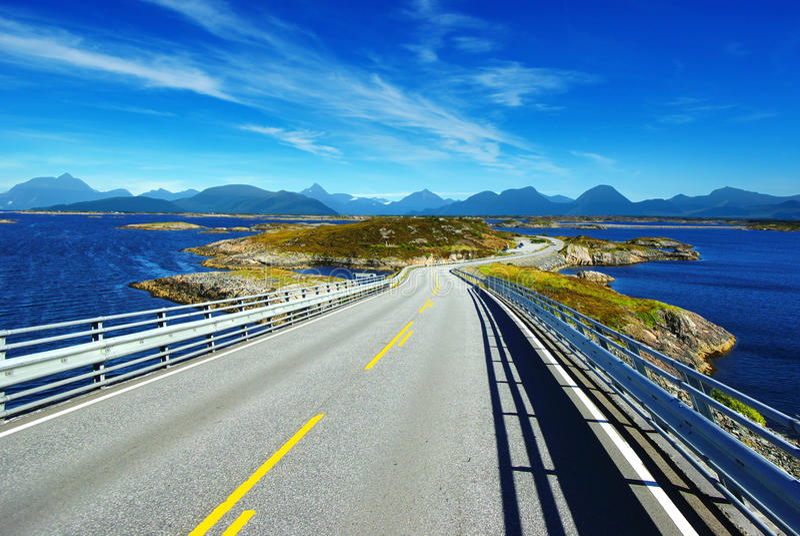 Paisagem pitoresca de Noruega. fotografia de stock royalty free