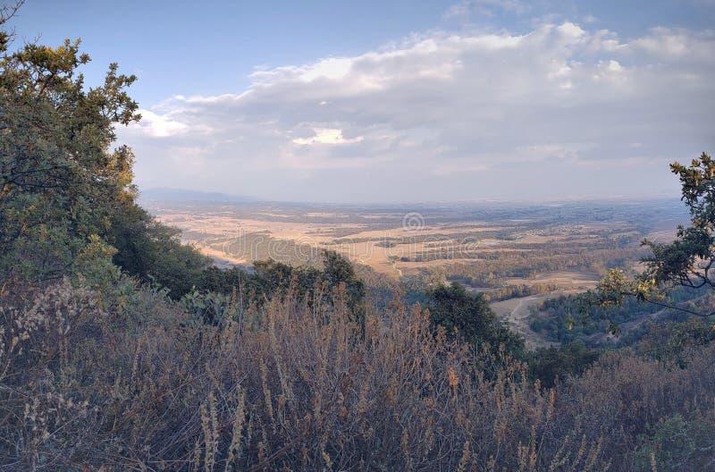 paisagem rural em Ixtlahuaca, México em um dia ensolarado imagens de stock