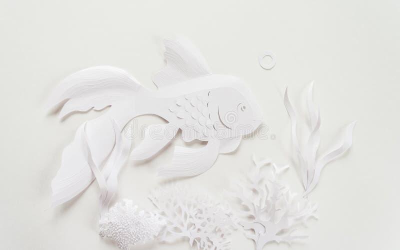 Paisagem subaquática O oceano e o mundo submarino com habitantes, corais e a estrela do mar diferentes imagem de stock