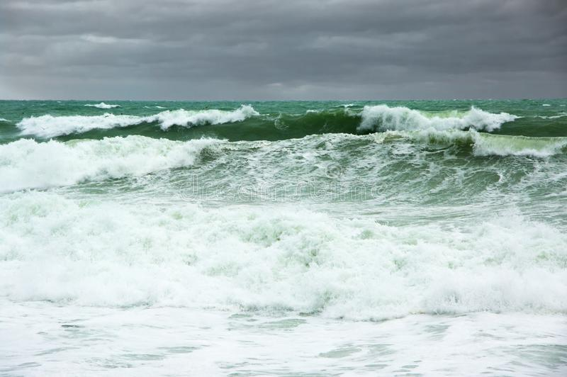 Paisagem tormentoso do mar fotografia de stock royalty free