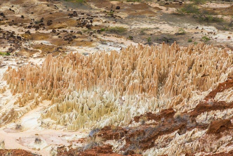 Paisagem vermelha de Tsingy em Antsiranana, Madagáscar imagem de stock