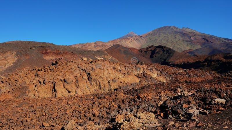 Paisagem vulcânica com lava Aa na caminhada uma de Montana Samara do mais incomum estrangeiro-como o ambiente encontrado no parqu imagem de stock royalty free