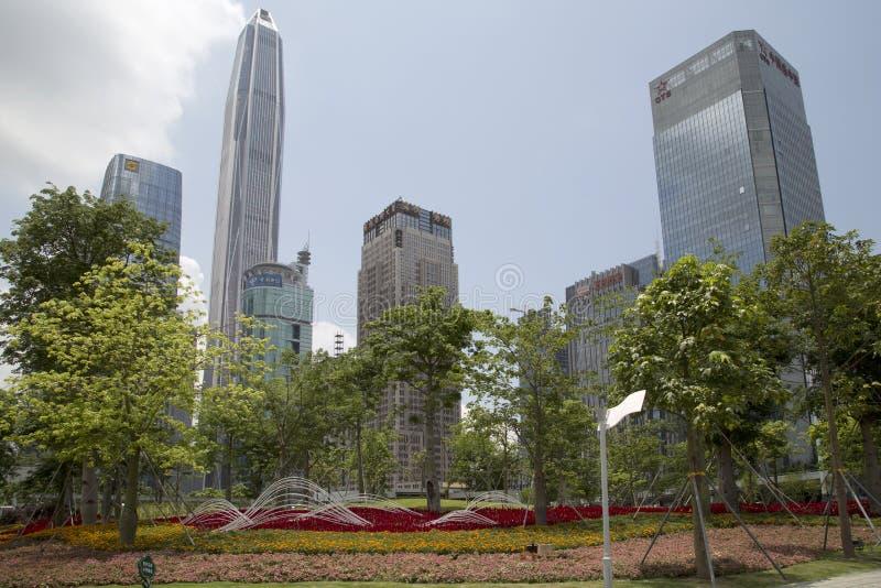 Paisagens agradáveis projeto e prédios de escritórios em Shenzhen imagem de stock royalty free