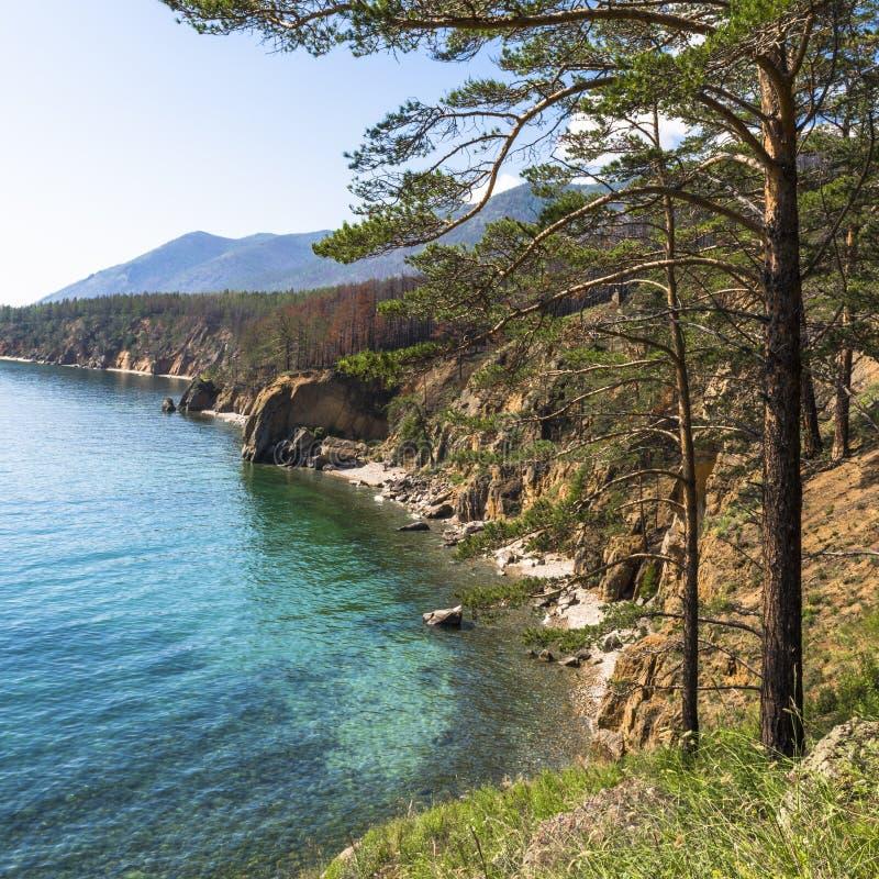 Paisagens pitorescas do Lago Baikal imagens de stock