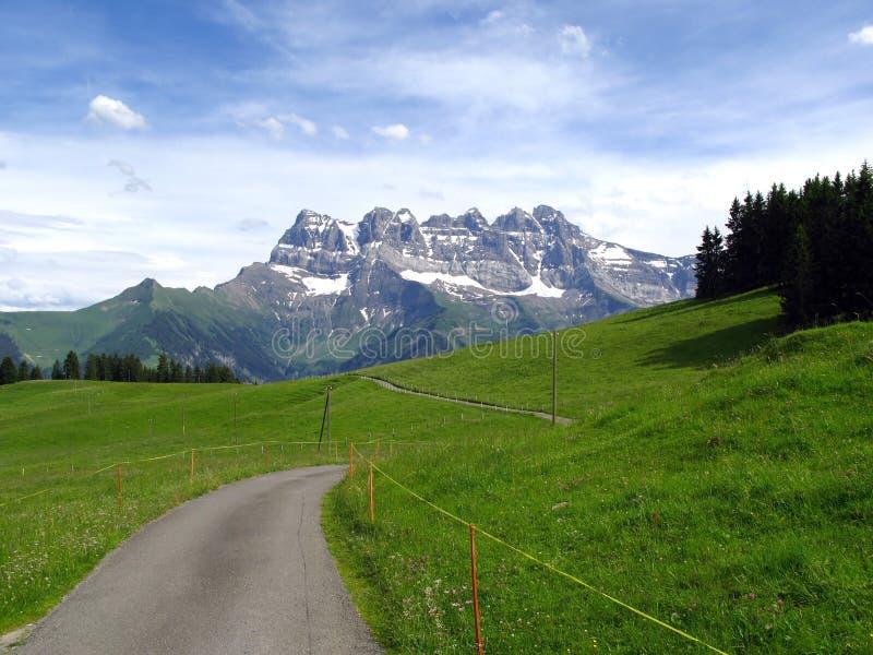 Paisaje alpestre, Suiza fotos de archivo libres de regalías