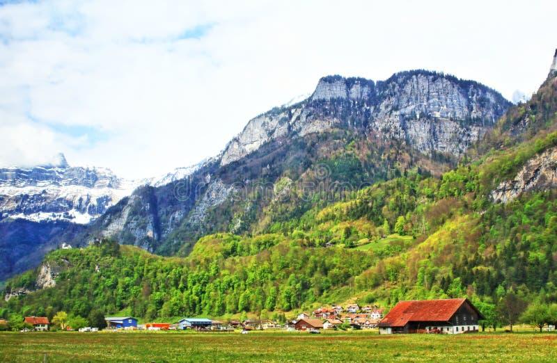 Paisaje alpino de Suiza foto de archivo libre de regalías