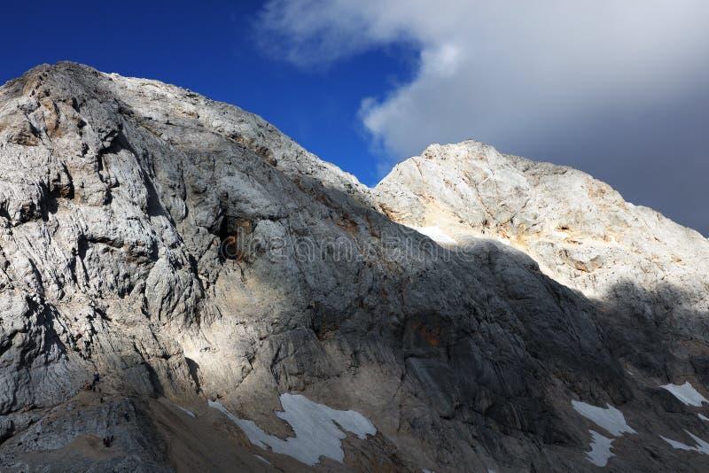 Paisaje alpino en el Parque Nacional de Triglav, Alpes Julianos, Eslovenia fotografía de archivo