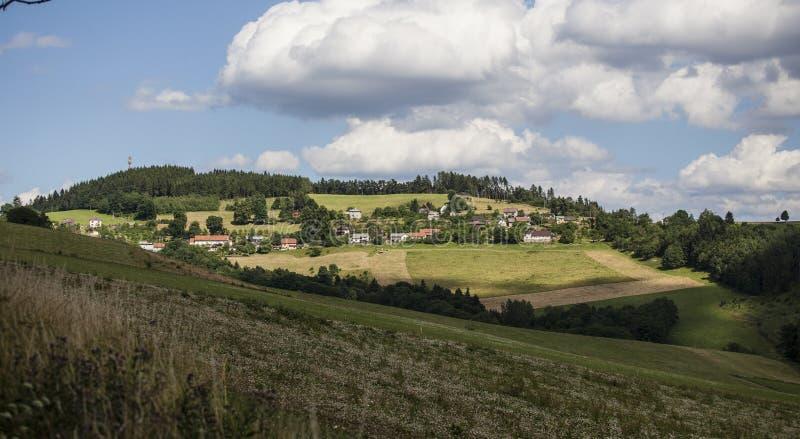 Paisaje checo del verano en las colinas foto de archivo libre de regalías