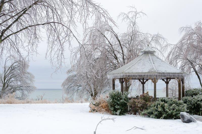 Paisaje congelado del invierno fotos de archivo