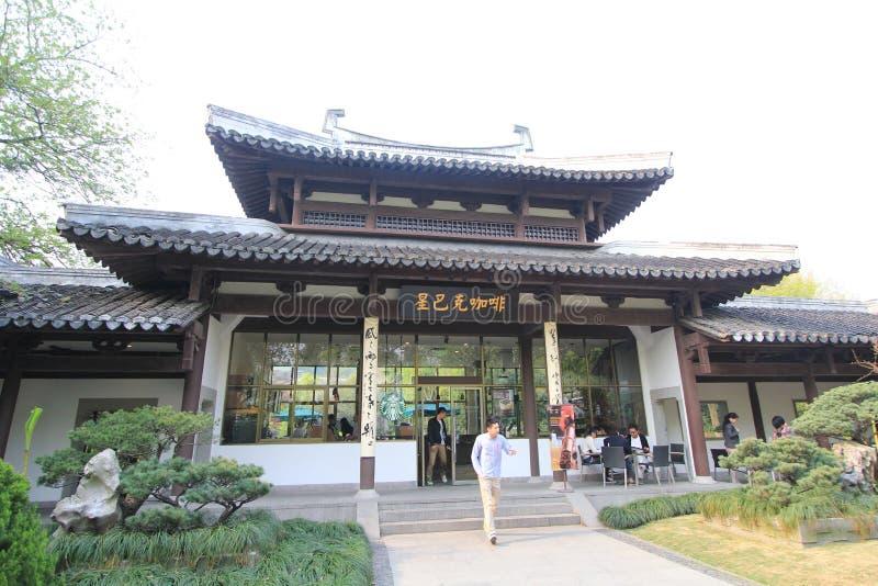 Paisaje cultural del lago del oeste de la opinión de la calle de Hangzhou imagen de archivo
