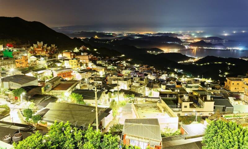 Paisaje de Jiufen, una ciudad turística famosa de la noche en la costa de nordeste de Taiwán fotografía de archivo libre de regalías
