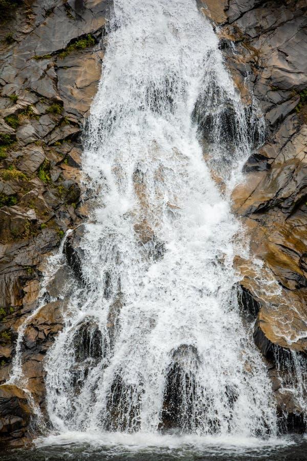 Paisaje de la cascada de Tonanri, naturaleza de la parte meridional de la provincia de Hainan, China imagen de archivo libre de regalías