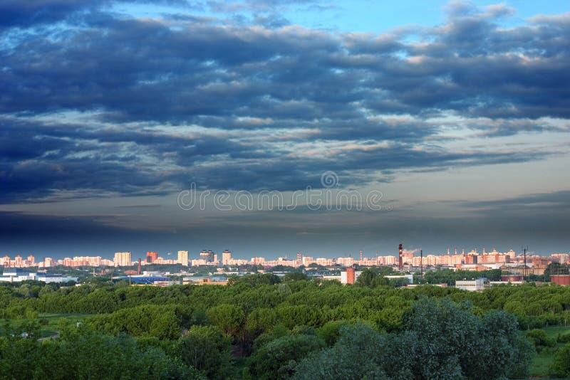 Paisaje de la ciudad de Moscú fotos de archivo