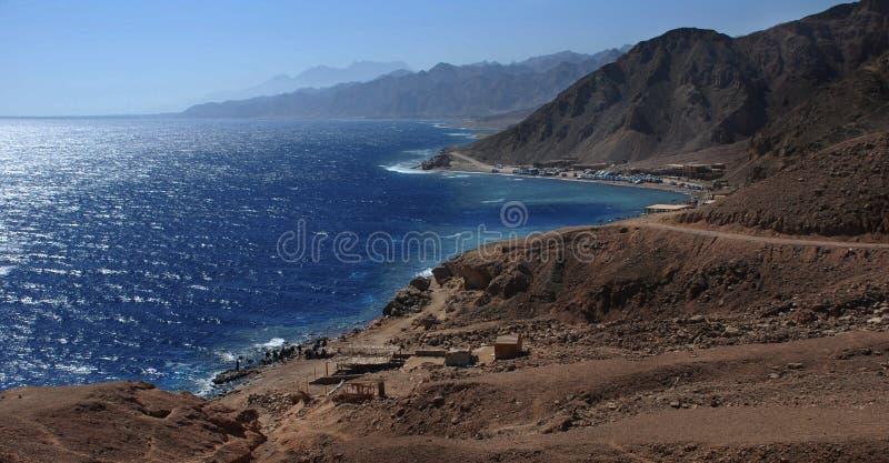 Paisaje de la costa de Sinaí, Egipto cerca de Dahab imágenes de archivo libres de regalías