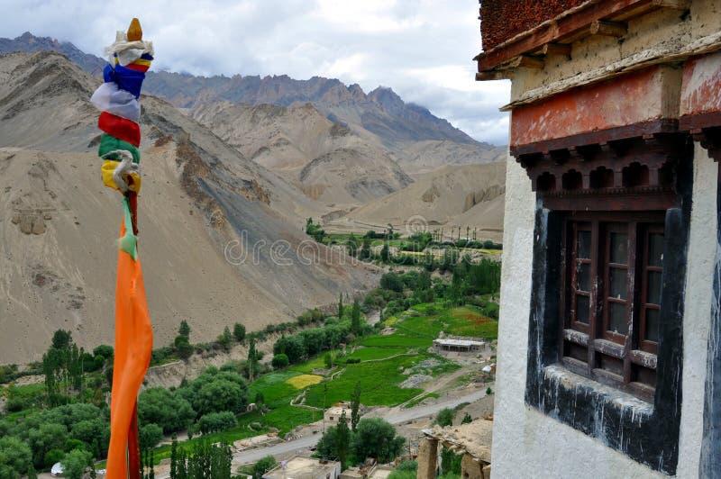 Paisaje de la India - de Ladakh en un día nublado fotografía de archivo