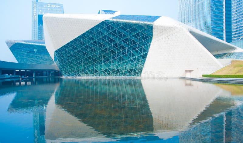 Paisaje de la mañana del teatro de la ópera de Guangzhou fotos de archivo