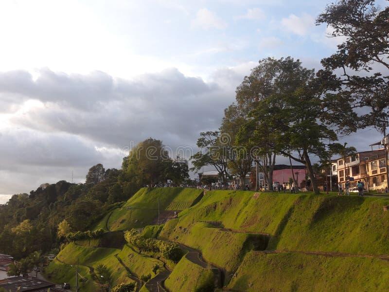 Paisaje de la montaña de Manizales durante día imagen de archivo