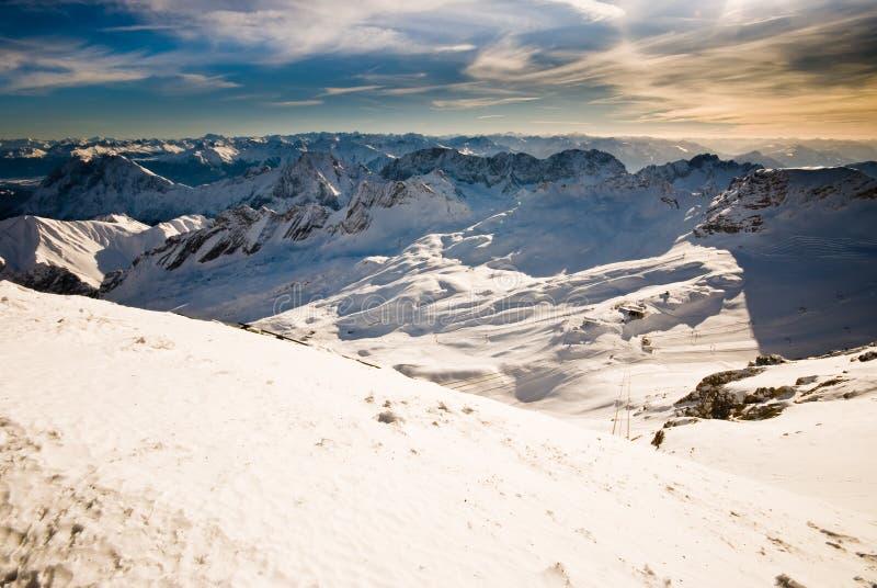 Paisaje de la montaña de Zugspitze fotografía de archivo