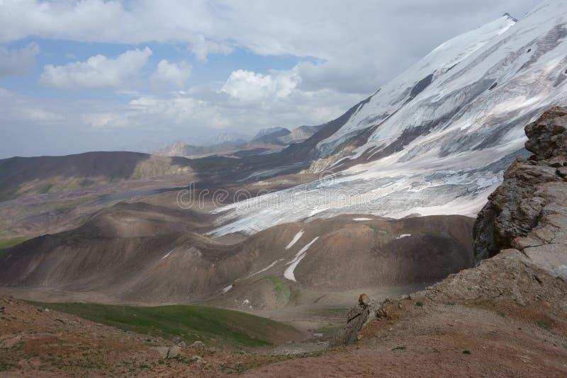 Paisaje de la montaña. El tejado del mundo imágenes de archivo libres de regalías