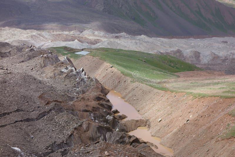 Paisaje de la montaña. El tejado del mundo imagen de archivo