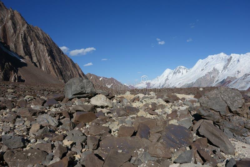 Paisaje de la montaña. El tejado del mundo fotografía de archivo libre de regalías