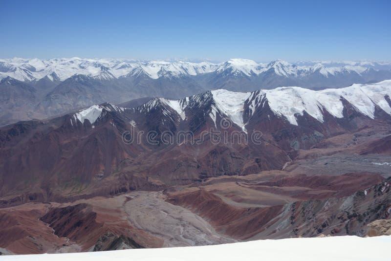 Paisaje de la montaña. El tejado del mundo fotografía de archivo