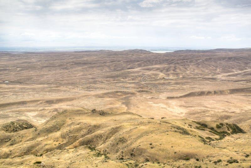 Paisaje de la montaña en David Gareja imagenes de archivo