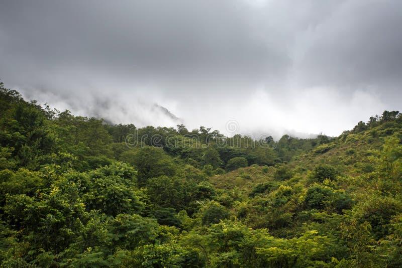 Paisaje de la montaña, Myanmar fotos de archivo libres de regalías