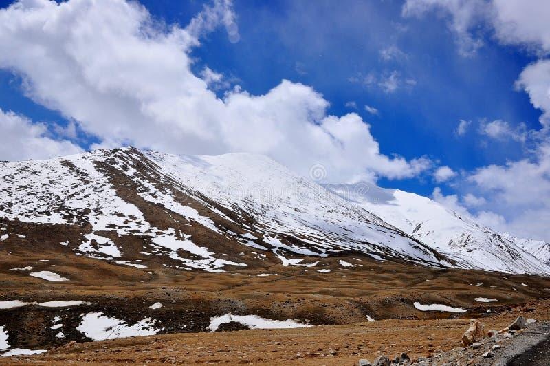 Paisaje de la montaña Nevado imagen de archivo libre de regalías