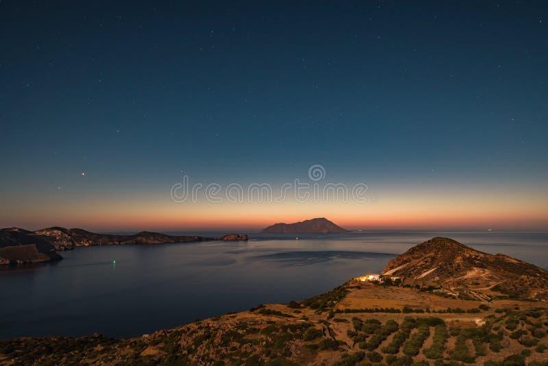 Paisaje de la noche, islas griegas foto de archivo