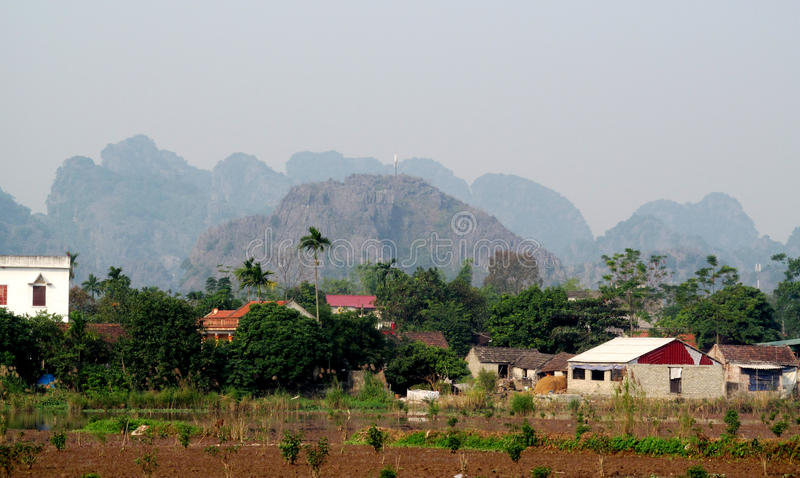 Paisaje de la piedra caliza de Ninh Bình foto de archivo libre de regalías