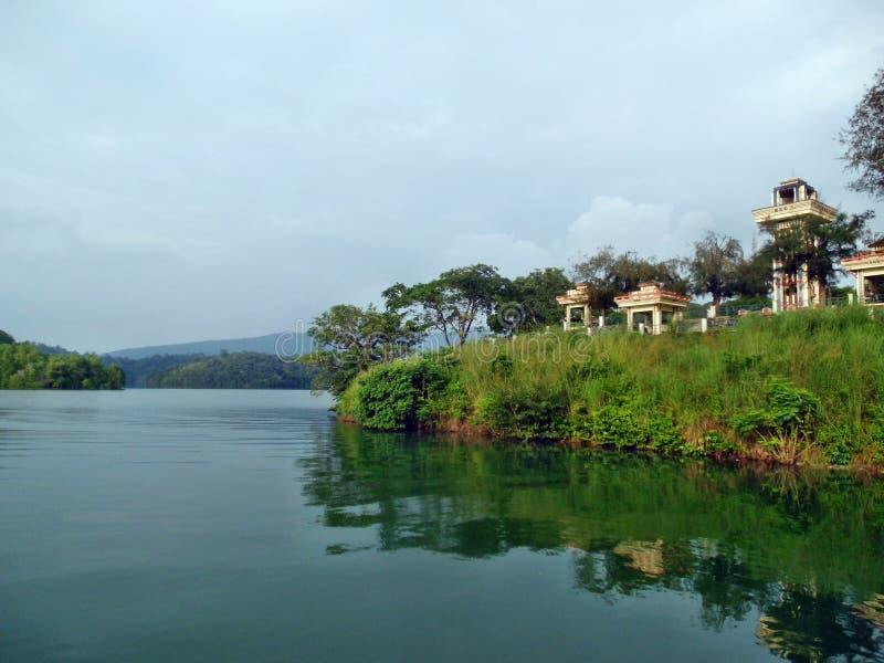 Paisaje de la presa de Neyyar imagen de archivo