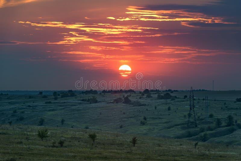 Paisaje de la puesta del sol Puesta del sol en la puesta del sol fotos de archivo