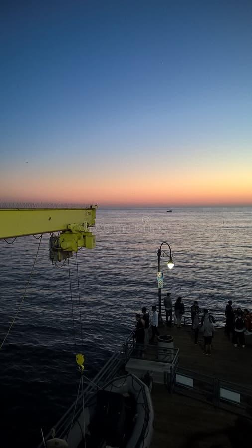 Paisaje de la puesta del sol en Santa Monica imágenes de archivo libres de regalías