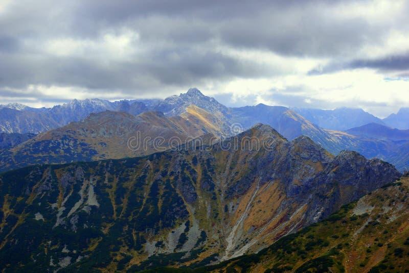 Paisaje de las altas montañas de Tatras, Polonia foto de archivo libre de regalías