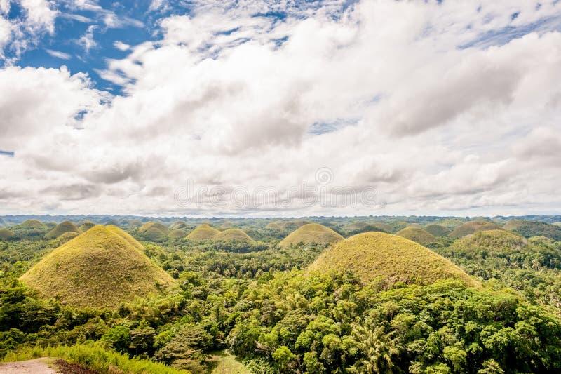 Paisaje de las colinas del chocolate en Filipinas imagenes de archivo