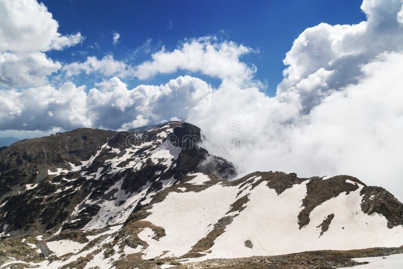 Paisaje de las montañas de Rila, Bulgaria de la montaña foto de archivo