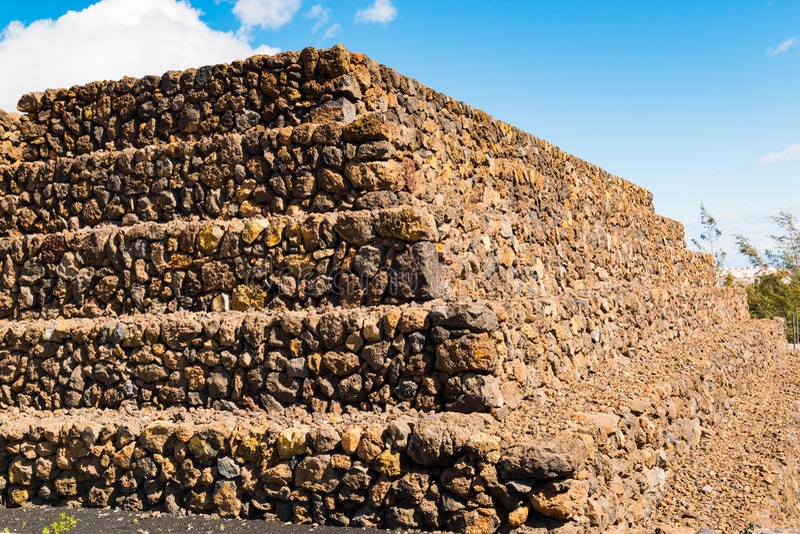 Paisaje de las pirámides de Guimar en Tenerife, islas Canarias fotografía de archivo